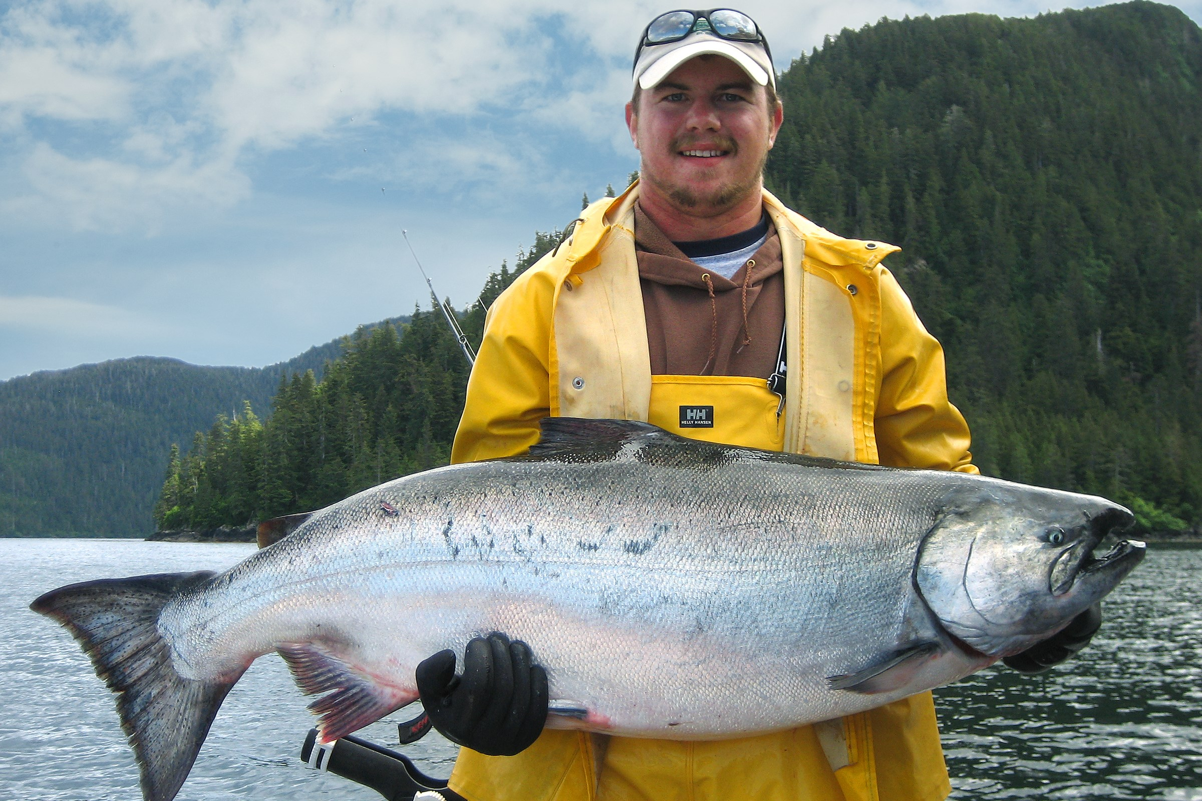 Promotions and special events at waterfall resort alaska for Fishing kings free